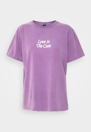 LOVE IS THE CURE - Print T-shirt - orchid