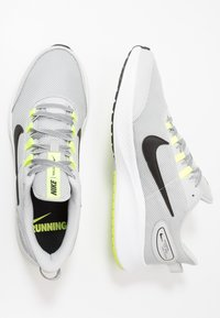 Nike Performance - RUNALLDAY 2 - Scarpe running neutre - grey fog/black/volt/white - 1