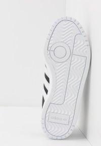 adidas Originals - TEAM COURT  - Trainers - core black/footwear white - 5