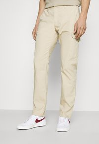 TOM TAILOR - PANTS - Pantaloni cargo - sandy beige - 0