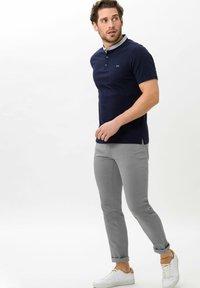BRAX - STYLE  - Basic T-shirt - ocean - 1