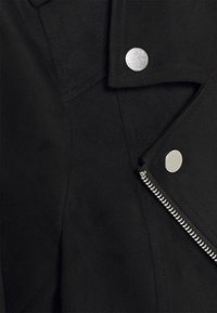 Vero Moda Petite - VMBOOSTBIKER - Faux leather jacket - black - 2