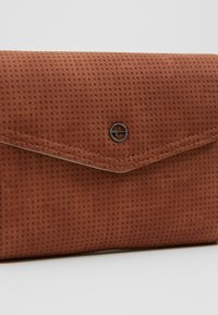 Tamaris - ADRIANA SMALL WALLET WITH FLAP - Portemonnee - cognac - 2