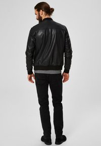 Selected Homme - SELECTED HOMME - Leather jacket - black - 2