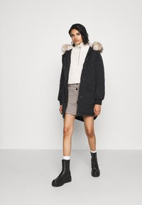 ONLY - ONLSELINE QUILTED - Parka - black - 1