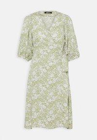Gina Tricot - DITA DRESS - Vestido informal - green/white - 3