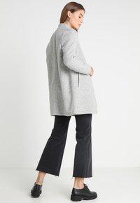 Vero Moda - VMKATRINE - Manteau court - light grey melange - 2