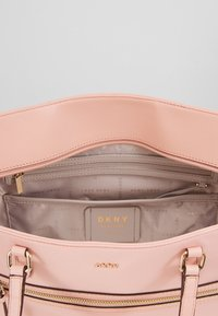 DKNY - CASEY LARGE TOTE - Tote bag - nude - 4