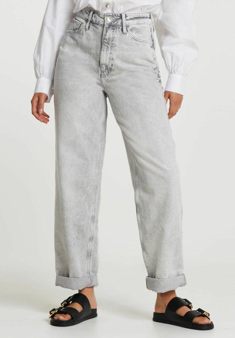 River Island - Straight leg jeans - grey