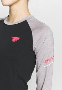 Dynafit - ALPINE PRO TEE - T-shirt sportiva - alloy melange - 4