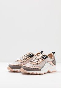 PARFOIS - Zapatillas - grey/pink - 4