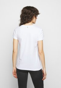 Patrizia Pepe - MAGLIA - Print T-shirt - bianco - 2