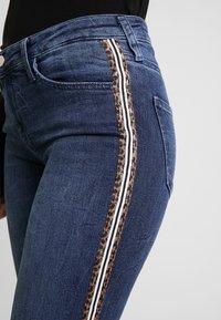 Rich & Royal - LEOPARD TAPE - Jeans Skinny Fit - denim blue - 4