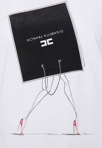 Elisabetta Franchi - Print T-shirt - gesso - 2