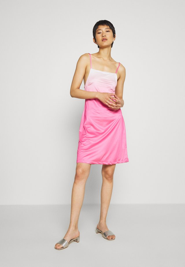 RILEY OLIVIA DRESS - Jersey dress - pink