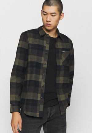 CADEN PLAID - Shirt - army green