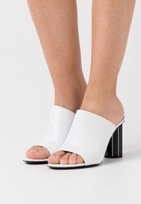 Proenza Schouler - Heeled mules - tacco white/black - 0