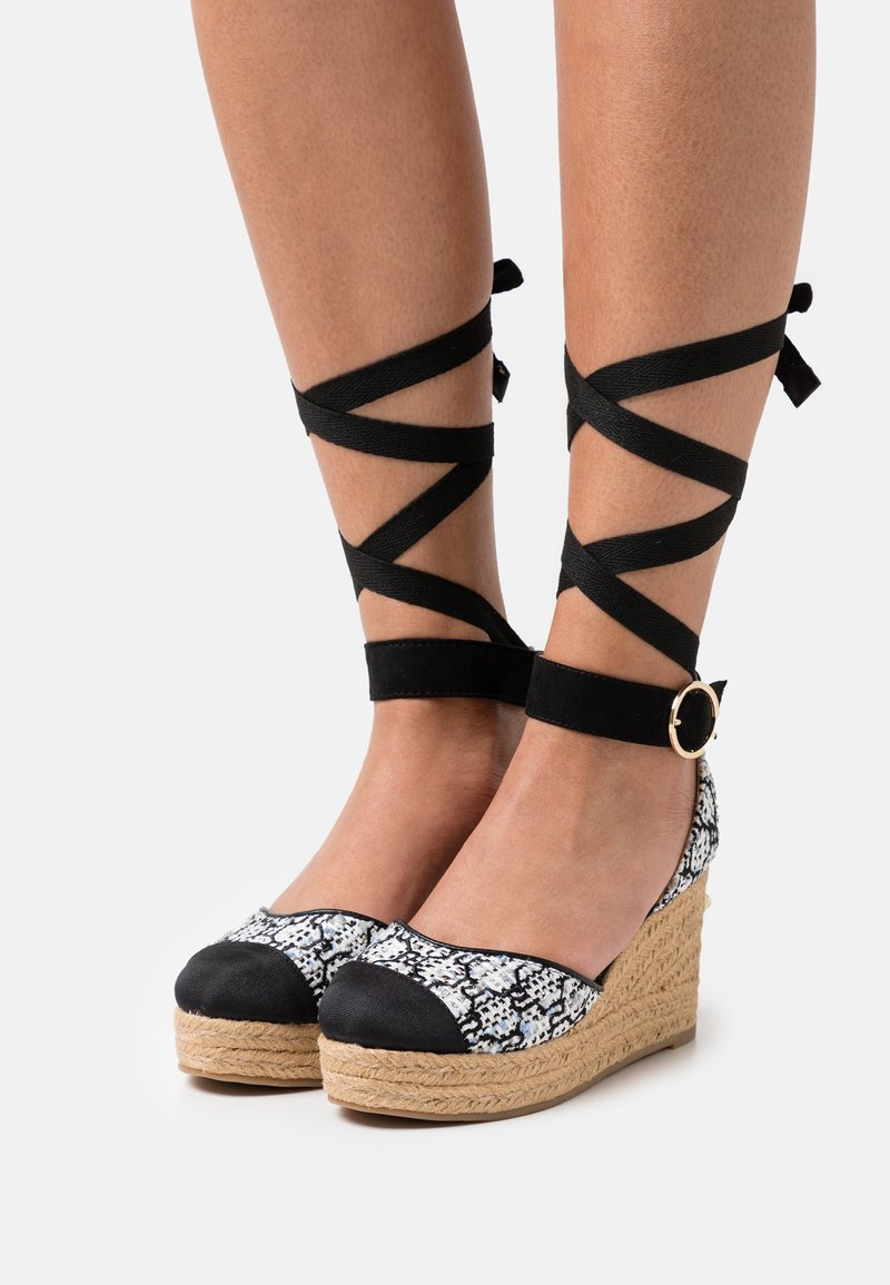 River Island - Platform heels - white