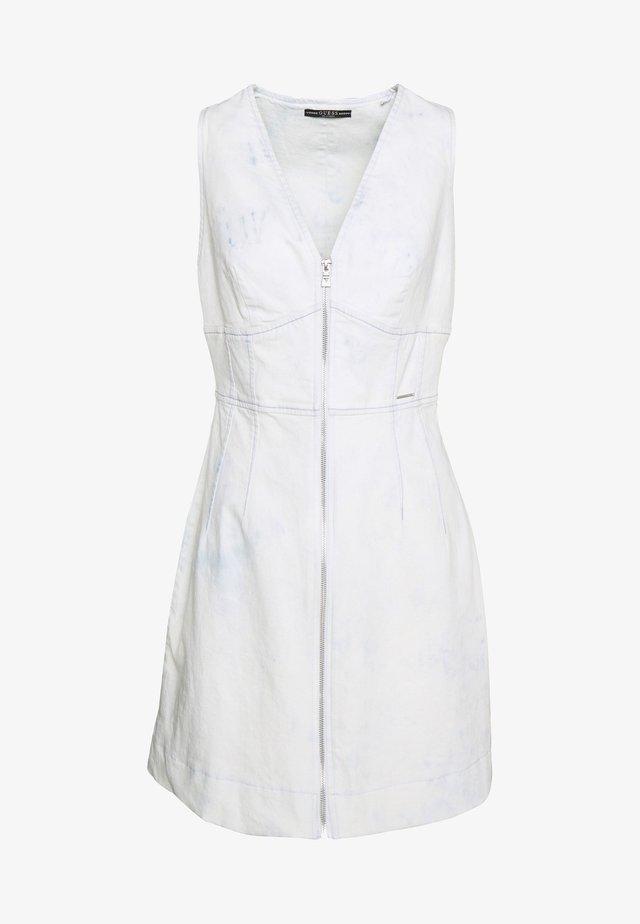 ALISTER DRESS - Denim dress - spring clouds