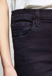 J Brand - HIGH RISE CROP CIGARETTE - Jeansy Straight Leg - blue denim - 4