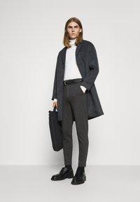 Bruuns Bazaar - POLITAN ZIP PANTS - Trousers - antracite - 1