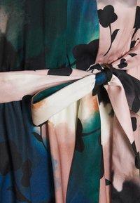 Marks & Spencer London - PRINTED MIDI DRES - Korte jurk - multi-coloured - 6