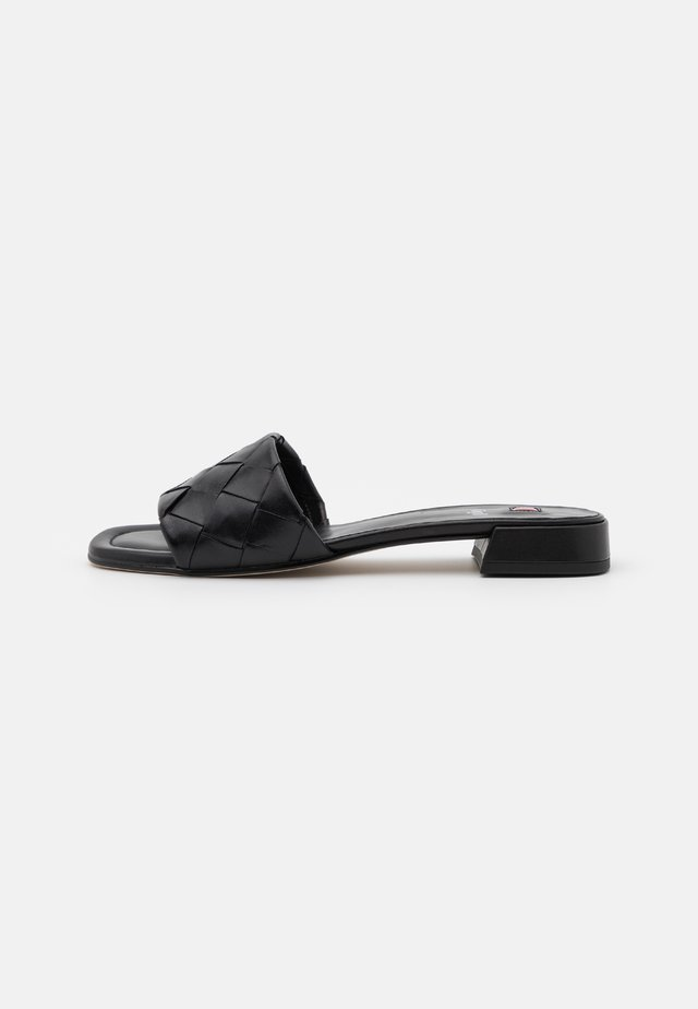 FELINA - Pantofle - schwarz