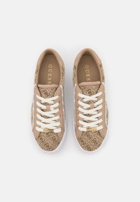 Guess - PARDIE - Sneakers basse - beige/light brown - 5