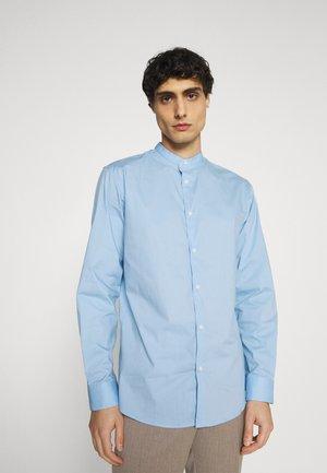SLHSLIMBROOKLYN  - Shirt - light blue