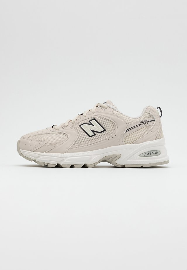 MR530 - Trainers - offwhite