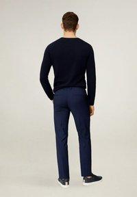 Mango - PAULO - Pantaloni eleganti - dunkles marineblau - 3