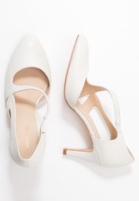 Anna Field - LEATHER CLASSIC HEELS - Classic heels - white - 3