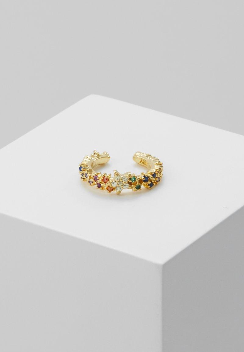Astrid & Miyu - RAINBOW STAR EAR CUFF - Earrings - gold-coloured