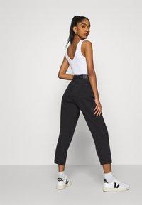 Monki - MAJA - Jeans baggy - black dark - 3