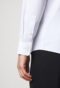 Tiger of Sweden - FERENE - Formal shirt - white - 5