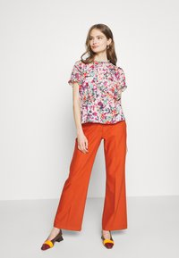 J.CREW - CRINKLE CYRANO FLORAL - Blouse - cranberry pink - 1