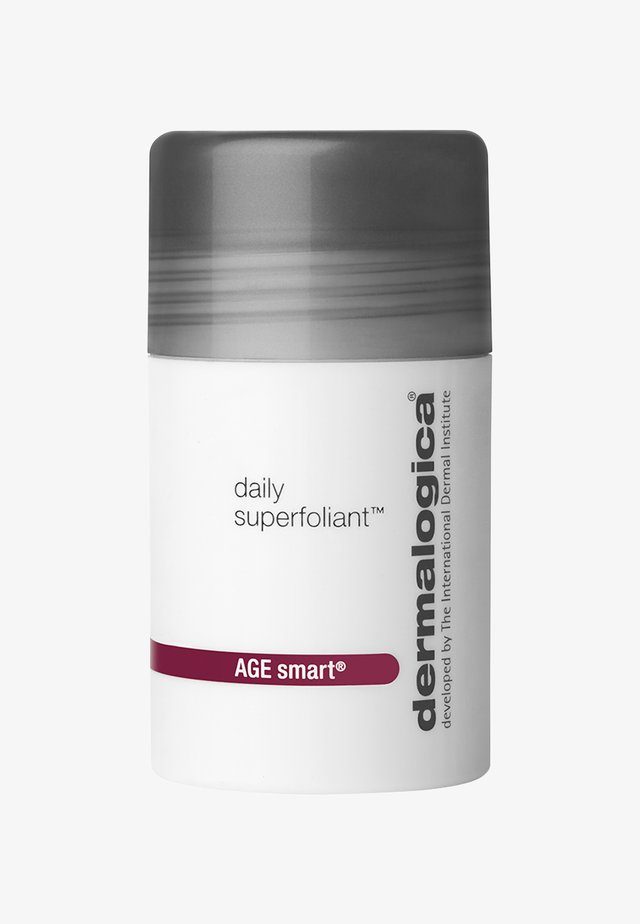 DAILY SUPERFOLIANT - Face scrub - -