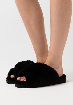 LOVISA - Slippers - black