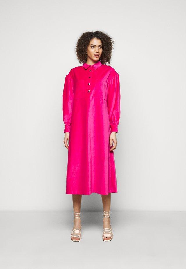 CARIN - Skjortekjole - fuchsia pink