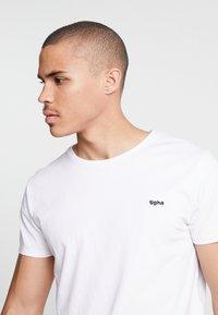 Tigha - HEIN - T-shirt - bas - white - 3