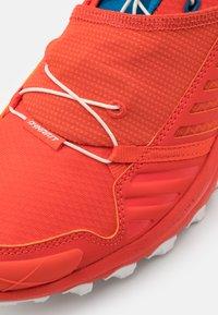 Dynafit - ALPINE PRO - Trail running shoes - dawn/mykonos blue - 5