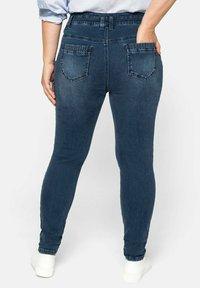 Sheego - Jeans Skinny Fit - dark blue denim - 1