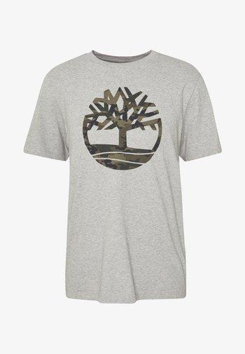 KENNEBEC RIVER CAMO TREE TEE - Print T-shirt - medium grey heather
