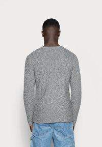 Only & Sons - ONSSATO  - Stickad tröja - light grey melange - 2