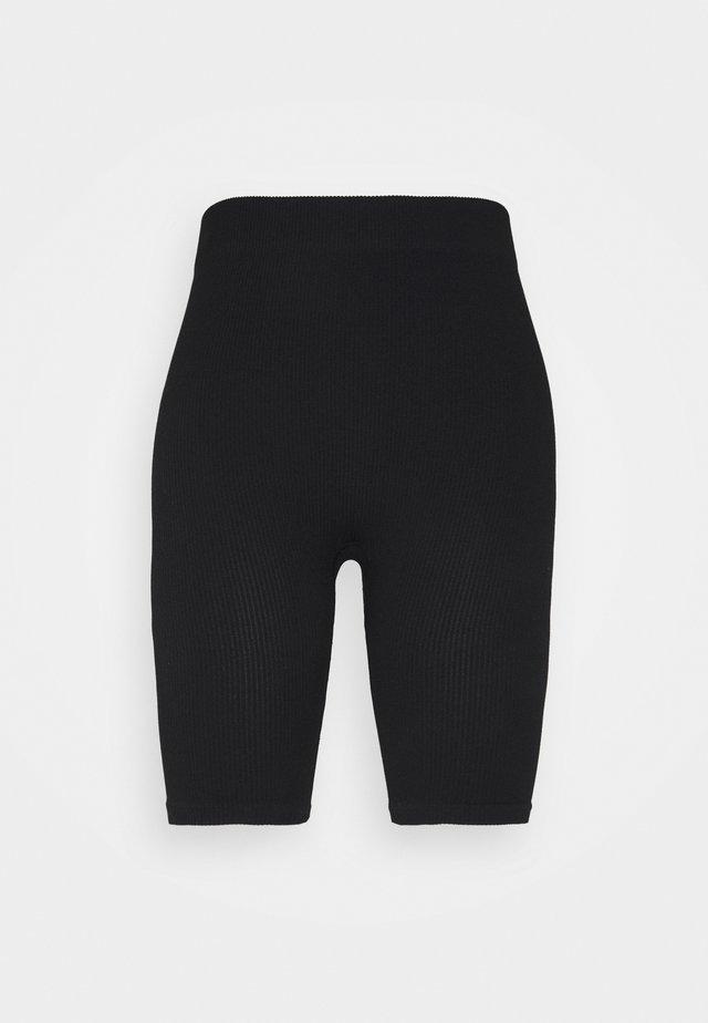 VMEVE SHORTS - Spodnie od piżamy - black