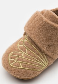 Bisgaard - BABY - Chaussons - camel/gold - 5