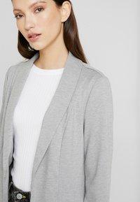 Vero Moda - VMSINAKATEY  - Short coat - light grey melange - 4