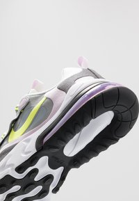 Nike Sportswear - AIR MAX 270 REACT  - Tenisky - particle grey/lemon/iced lilac/off noir - 2