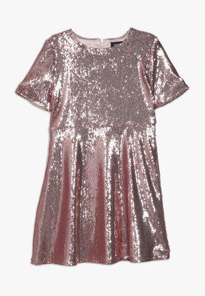 SEQUIN DRESS - Vestido de cóctel - silver pink