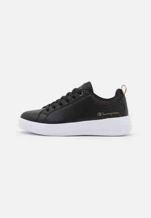 LOW CUT SHOE PARIS - Sports shoes - new black/metallic bronze